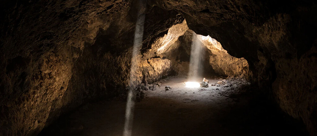 Darum haben sich 15 Menschen für 40 Tage in einer dunklen Höhle eingeschlossen