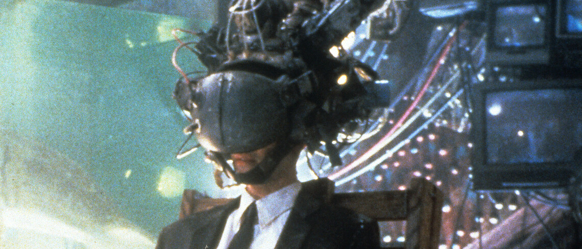 """Eine Szene aus dem Film """"Vernetzt - Johnny Mnemonic"""" mit Keanu Reeves."""