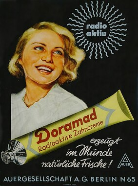 800px-Doramad_Advertisement