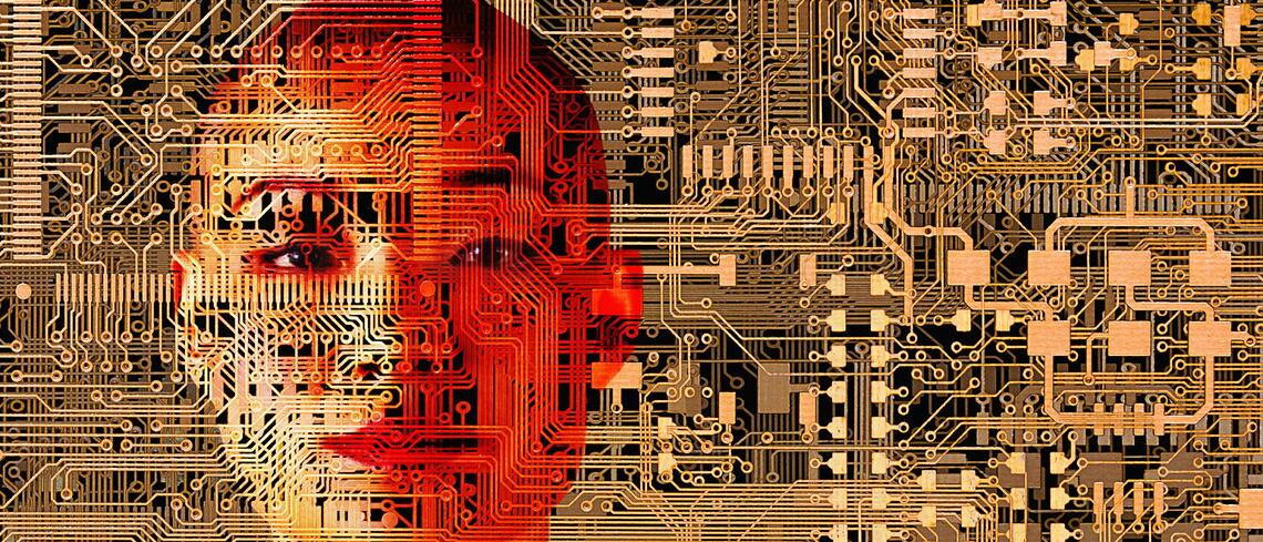 Ein menschliches Gesicht verschmilzt mit Schaltkreisen.